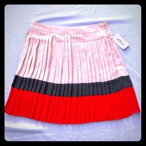Pleated tricolor skirt by Forever 21 NWT
